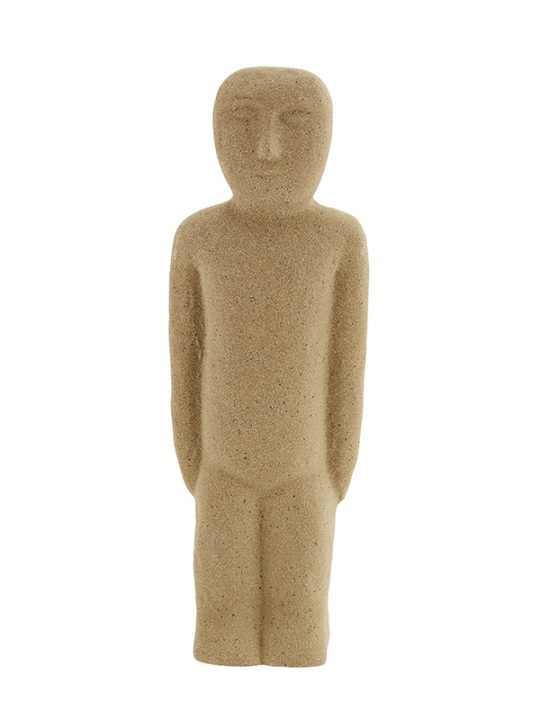 Madam Stoltz – Figur – Sandfarvet – h: 22,5 cm